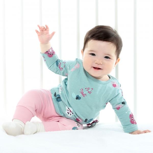 Baby Langarmshirt mit Blümchen
